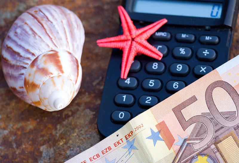 Страхование при выезде за границу